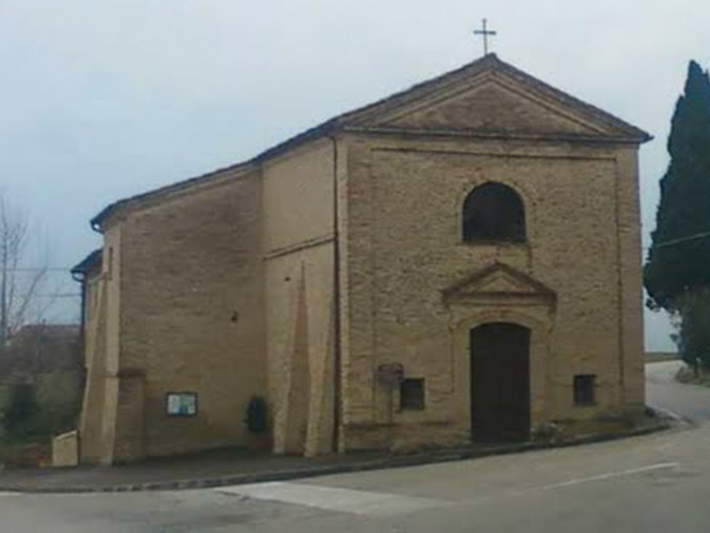 Chiesa del santissimo crocifisso di Montecosaro