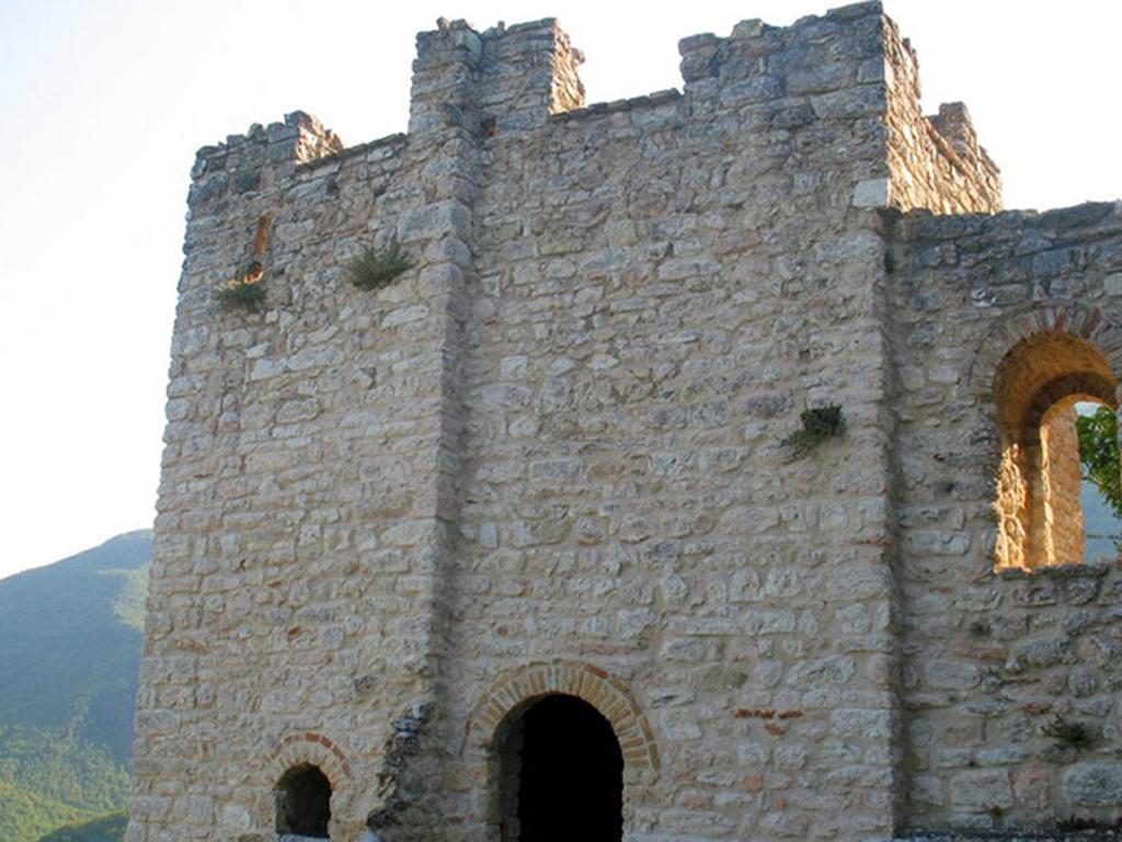 Castello Montalto di Cessapalombo