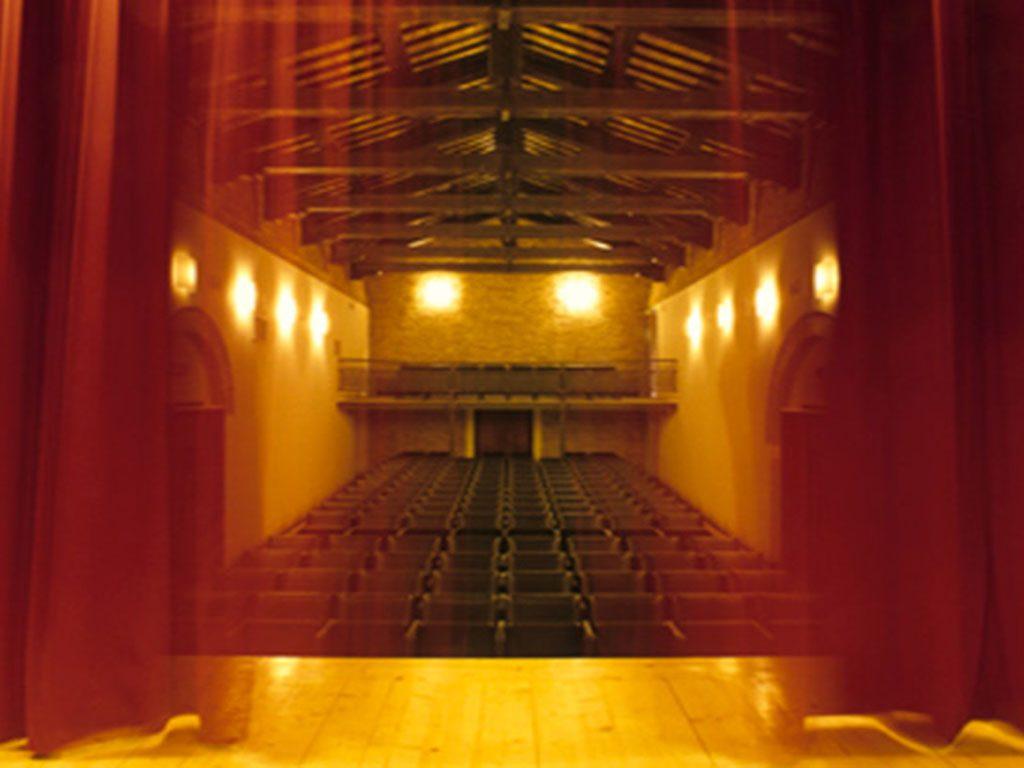 Teatro Loro Piceno