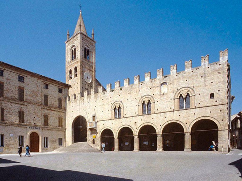Palazzo Priori Montecassiano