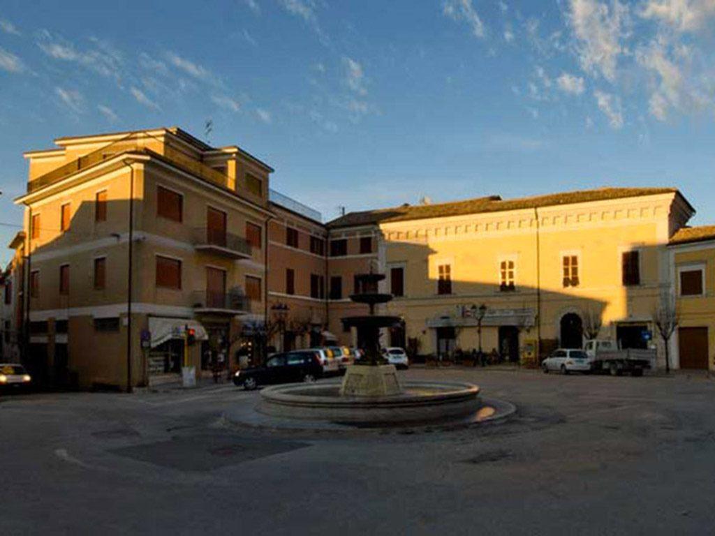 Piazza Matteotti Potenza Picena