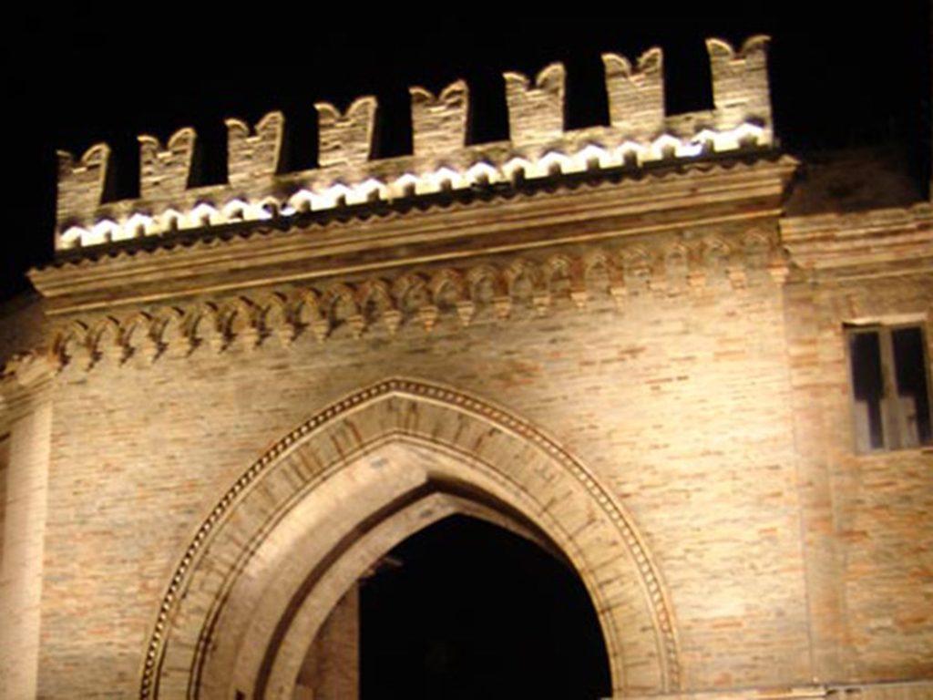 Porta Santostefano Montelupone
