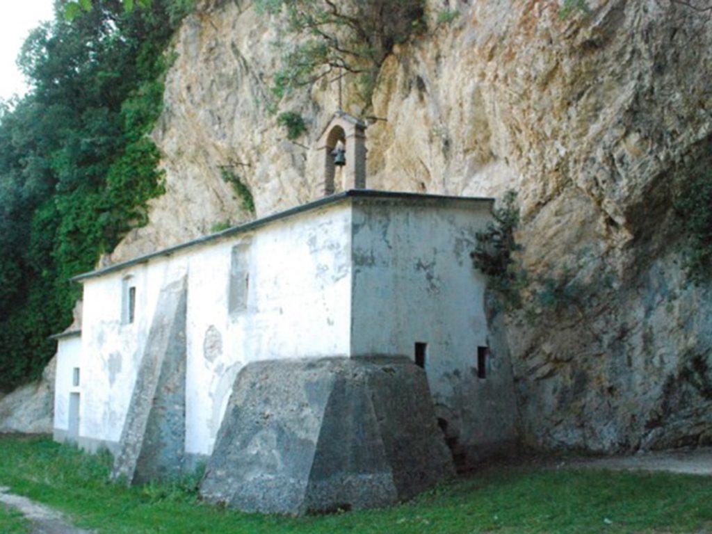 Santuario Madonna del Sasso Caldarola