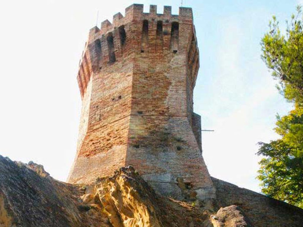 Torre Onglavina Treia