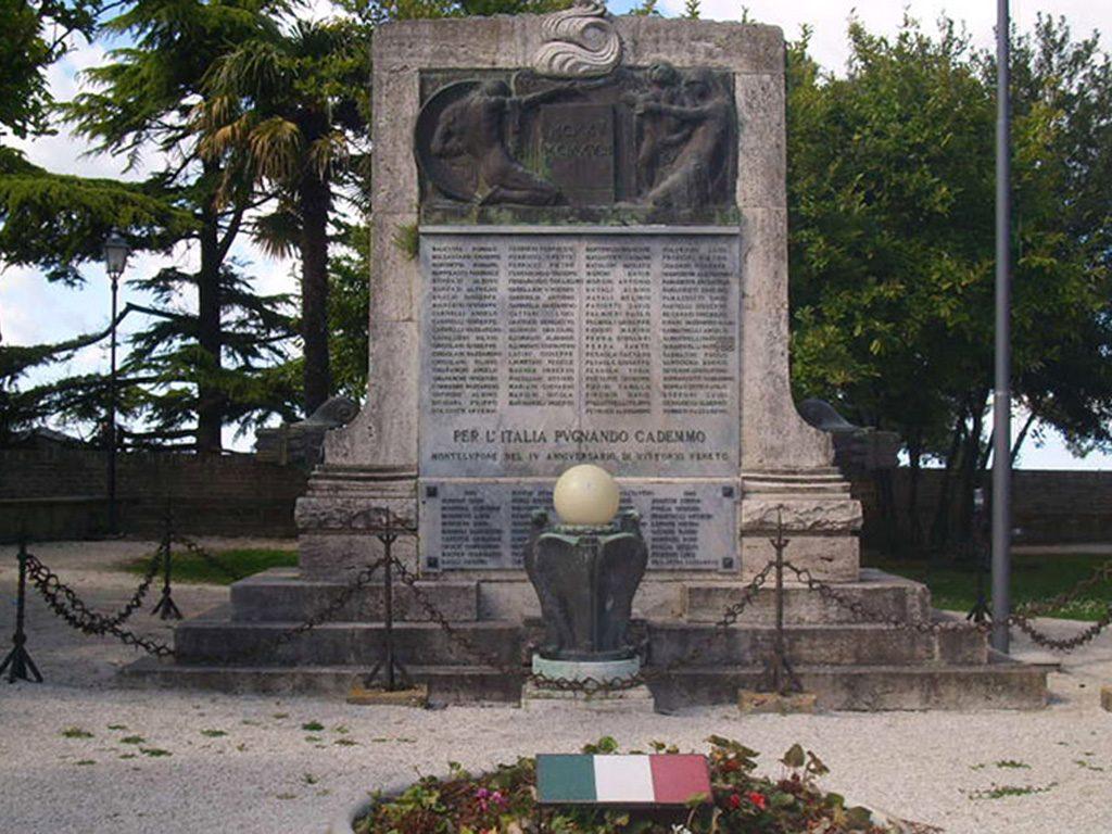 Monumento ai caduti Montelupone